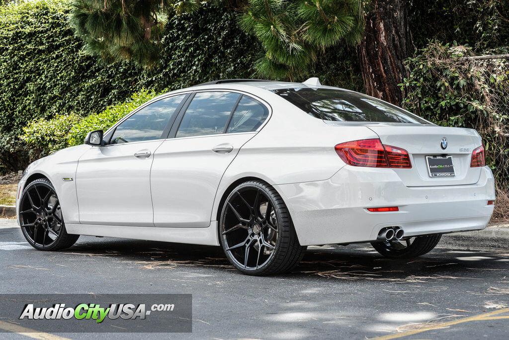 download BMW 528IT workshop manual