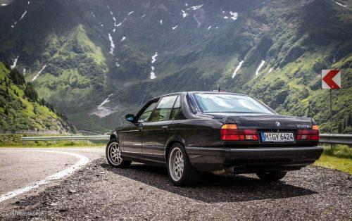 download BMW 7 E32 workshop manual