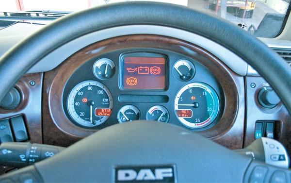 download DAF CF85 workshop manual