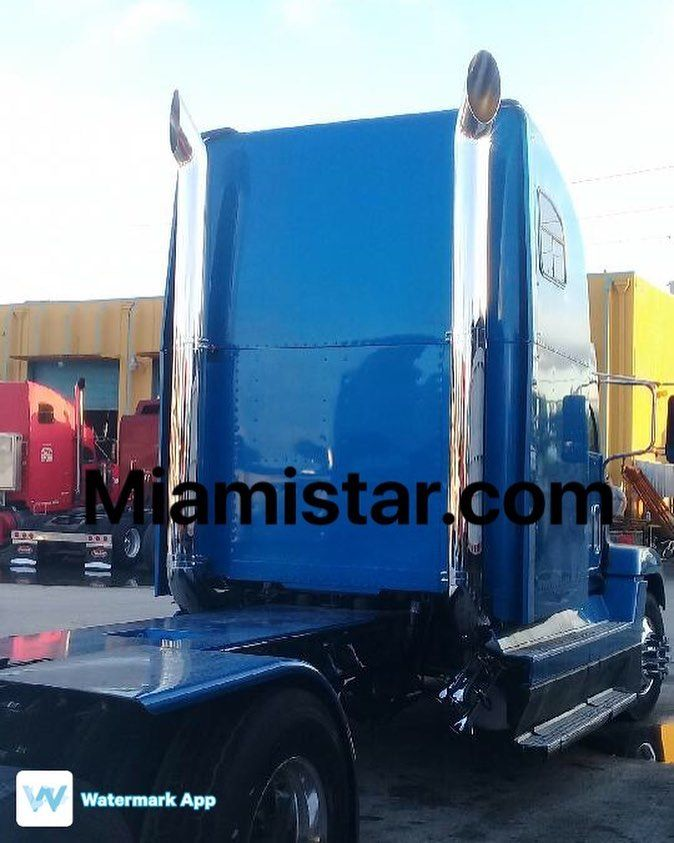 download Freightliner HEAVY DUTY Trucks workshop manual