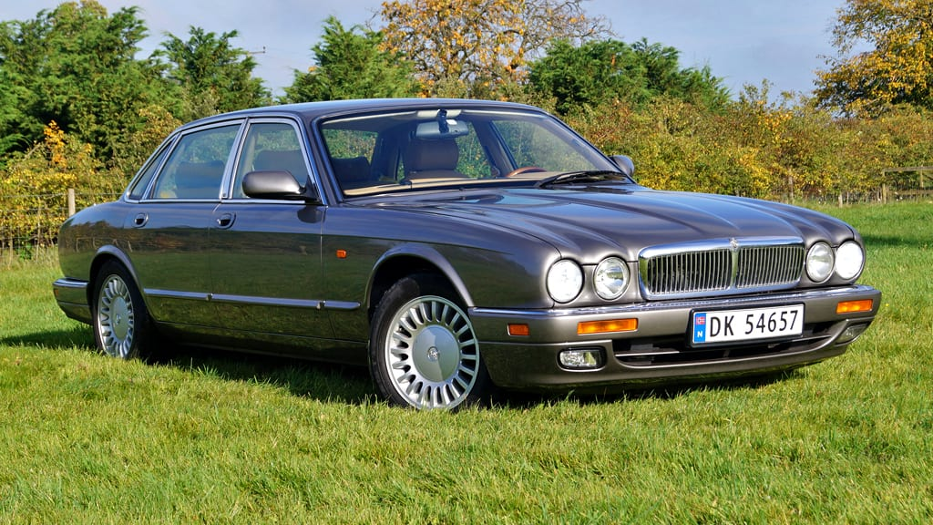 download JAGUAR XJ40 6.0 Litre SALOONS Vehicle Sheet workshop manual