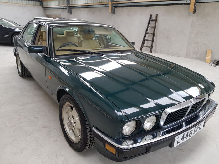 download JAGUAR XJ6 XJ40 workshop manual