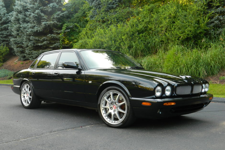 download Jaguar XJR workshop manual