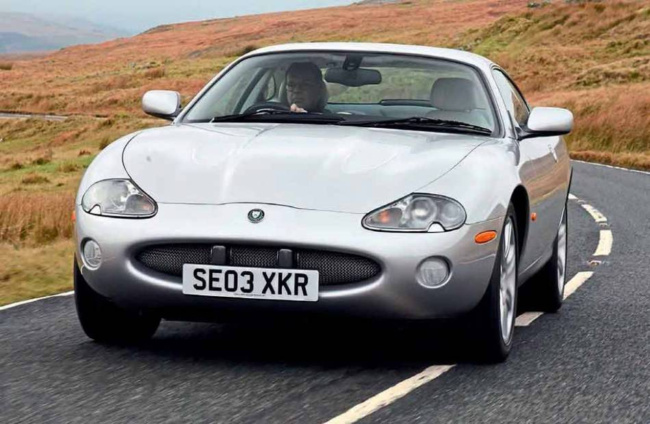 download Jaguar XKR workshop manual