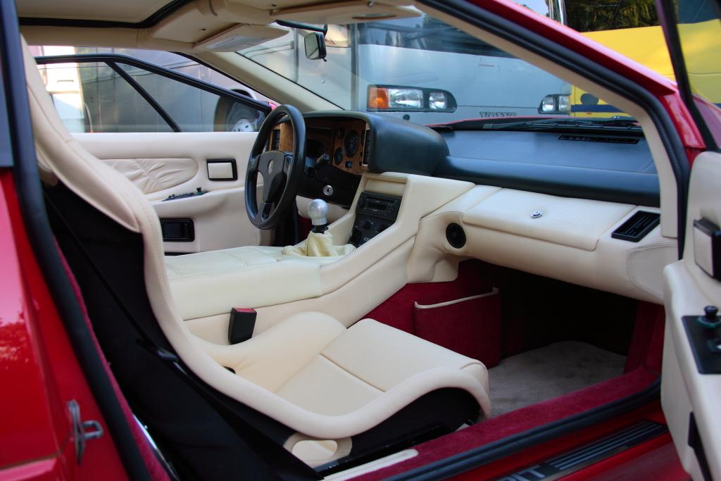 download Lotus Esprit S4 V8 in workshop manual