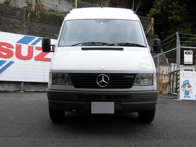 download Mercedes Light Transporter workshop manual
