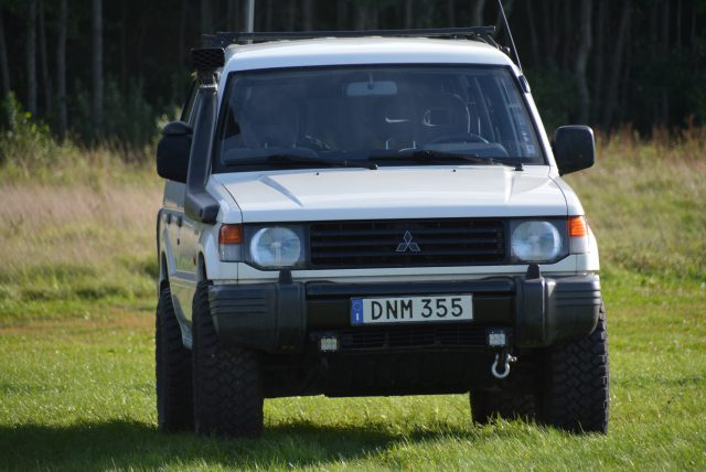 download Mitsubishi Pajero Shogun Montero workshop manual