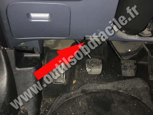 download Nissan Primera P12 workshop manual