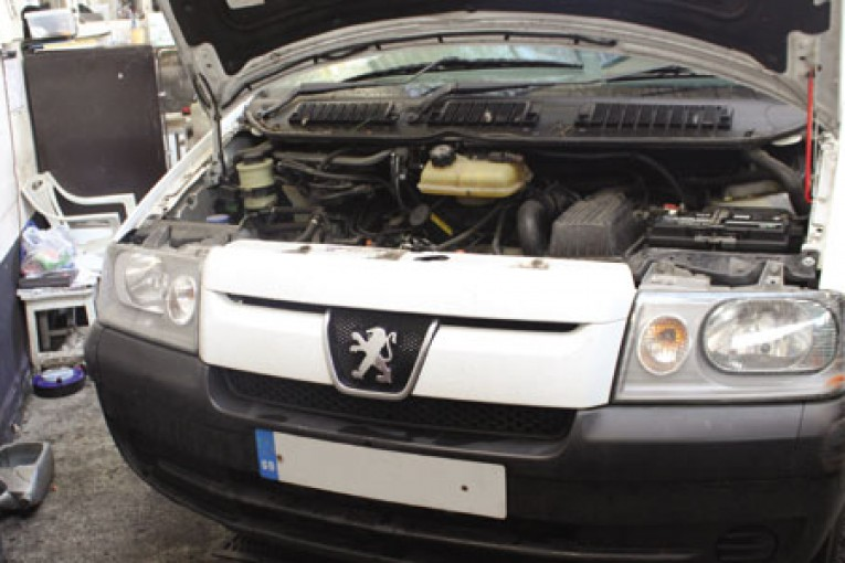 download PEUGEOT EXPERT 1.9D workshop manual