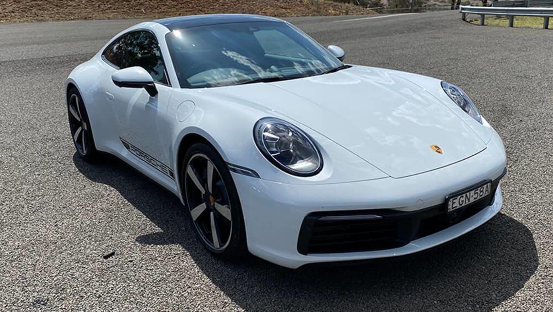 download Porsche 911 Carrera 4 R workshop manual