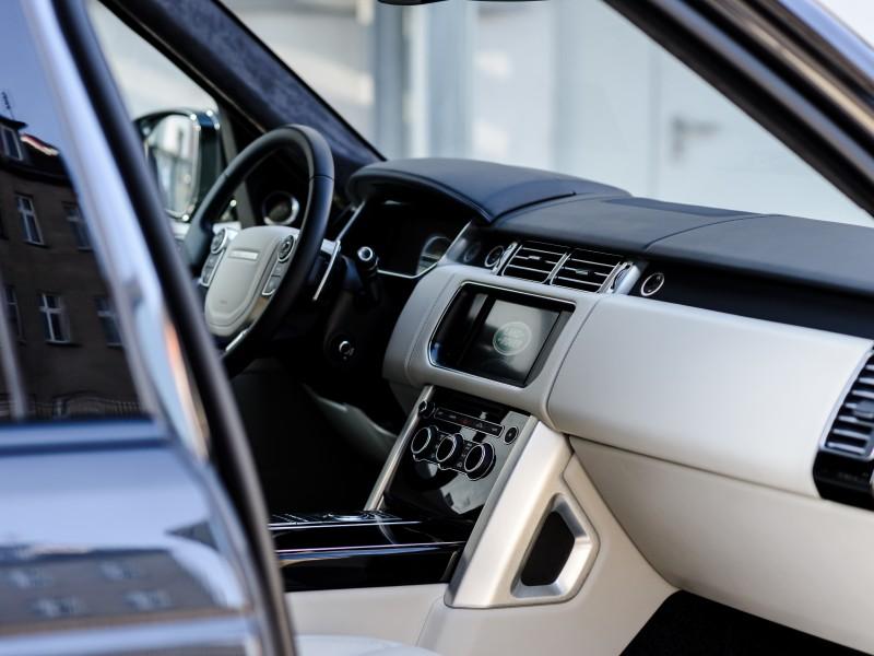 download Range Rover in CAR ENTERTAIMENT workshop manual